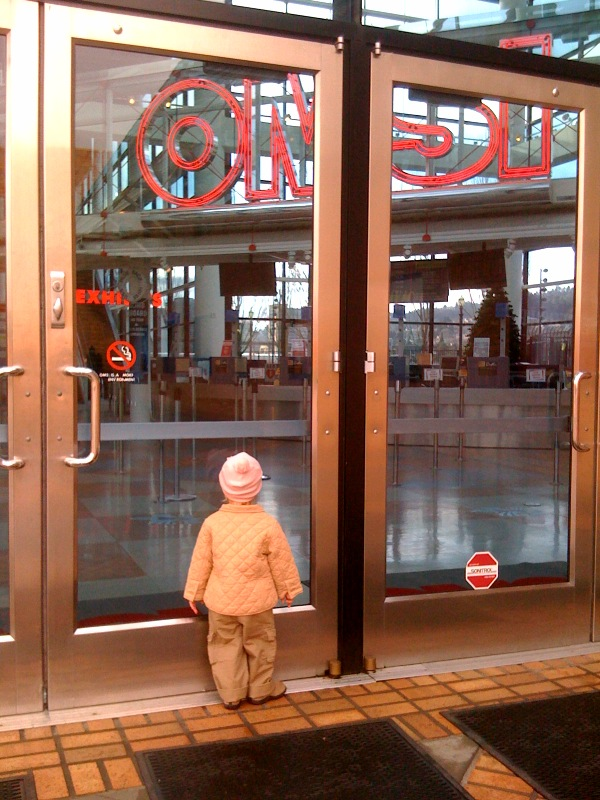 We are very disappointed that OMSI is closed Mondays
